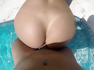 Girlfriend gets anal fucked at pool