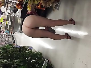 Public flashing slut