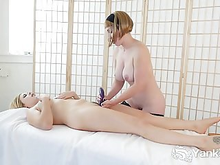 Yanks Lesbians Miss Trish And Starlette Playing