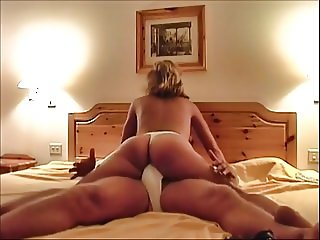 Thats me, DUTCH MILF Katja. One day after my wedding!