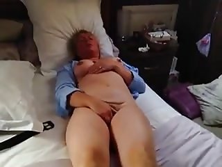 Wife having a wank