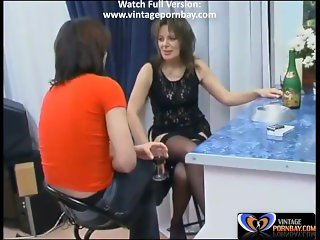 Aunt Teasing Him with Her Sexy Dress [www.vintagepornbay.com]