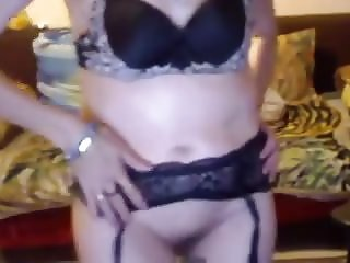 Bulgarian granny masturbating with dildo