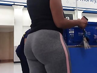 Cute Face Phat Ass (Checkout Line)