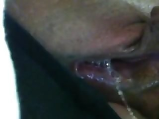 Wet Mature cunt close-up! Amateur!