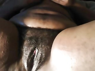 EBONY BBW MASTURBATING