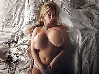 big tits girl rubbing her juicy pussy..