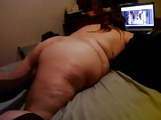 BBW FINGERED WATCHING PORN