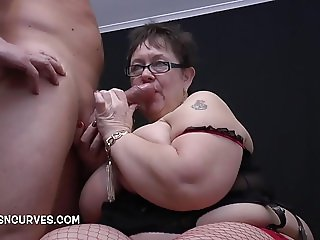 Mature woman with curves loves a big cock
