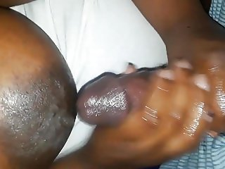 Ebony BBW handjob with cumshot