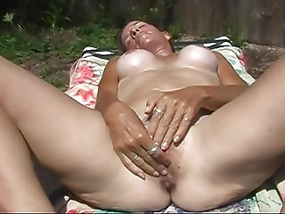 Fingering My Hairy Wet Pussy In The Hot Florida Sun