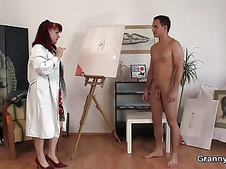 Horny mature woman gets naked and rides his cock