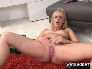 Wetandpuffy - Milf wrestles a monster dildo
