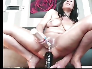 Biggest Squirt i have ever seen!