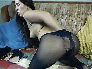 brunette in pantyhose suck her feet and fuck her ass.mp4