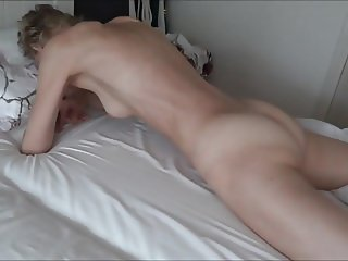Real orgasm grinding pussy on bed sheets.mp4
