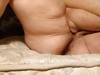 Mature BBW Stretching With Shampoo Bottle