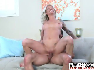Thrifty Lil Stepsister Synthia Fixx Creampie