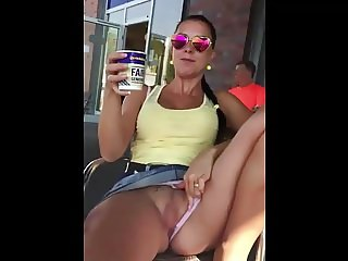 Spreading Legs and Showing Pussy in Public (Pokazuje Picku)