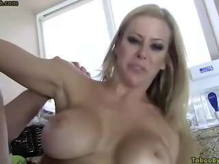 Son fuck stuck Mother (Alexis Fawx)
