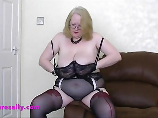 Mature Sally in seamed stockings