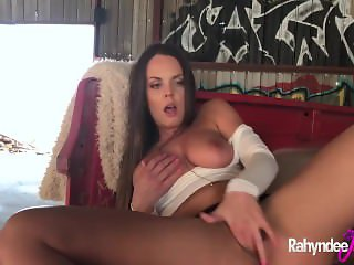 Rahydee James perfect natural tits and ass solo scene