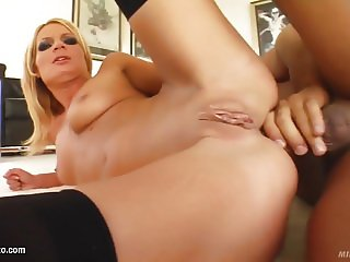 Angie Blond milf slut fucks at Milf Thing