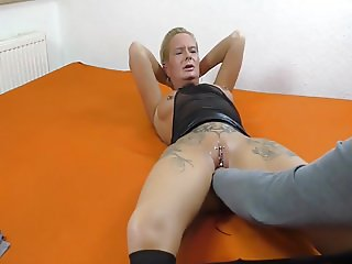 Fisting and blowjob