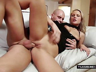 LaSublimeXXX Blonde MILF Samantha Jolie gets her ass gaped