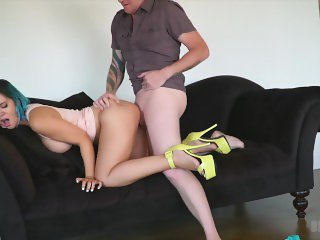 Cum on Bryci's Face and then Creampie that Pussy!