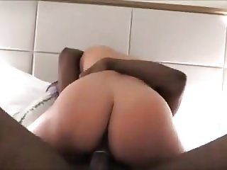 Phatass Wife Enjoys a Pounding from a Big Black Cock