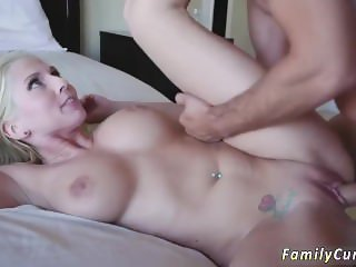 Daddy bear and fucks playfellow's daughter