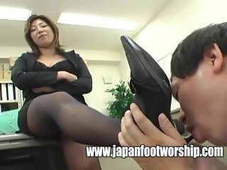 Foot fetish in office