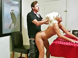 Nasty Paris cheating with hubby's employee