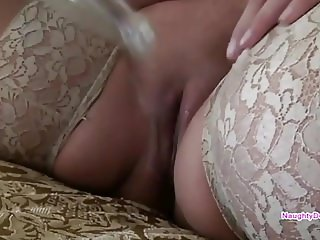 Blonde PAWG squirts like fuck