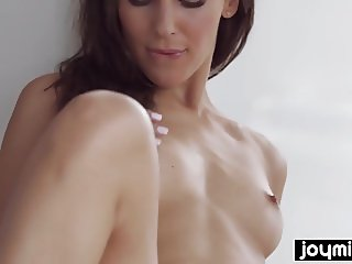 Joymii-  babe Lilu rides big dildo and imagines stepbrother
