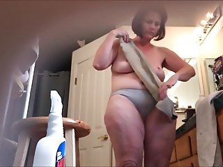 MILF bathroom hidden cam