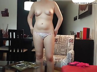 Sexy Deborah completely naked 5
