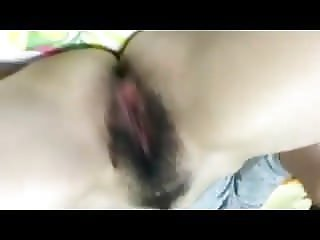 Hairy pussy bate and pissing