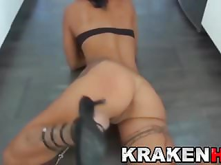 Sexy housewife MILF in a BDSM submission game