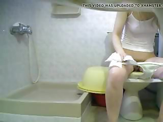 hairy pissing wc