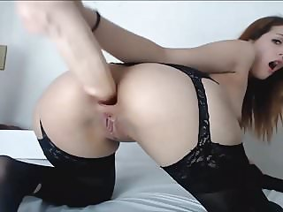 Brunette Babe toys & gapes her Ass