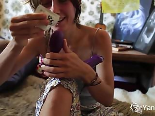 Yanks Hairy Honey Roe Plays With Her Plastic Penis