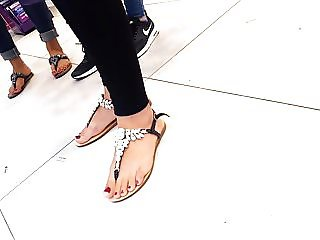 fr's sexy feets pedicured hot red toes sandals