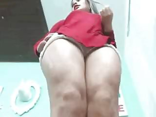 Girl play with tits on red bra