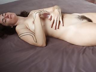 DREAM WOMAN: hairy with saggy tits