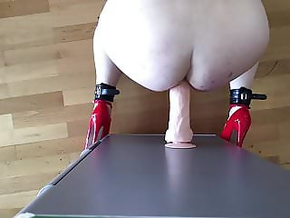 Analfuck with 10inch dildo while womanizer on my clit