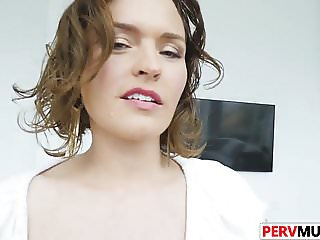 Stepsons Huge Cock In Foxy Krissy Lynn