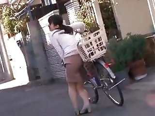 Vibrator While Riding Bycicle