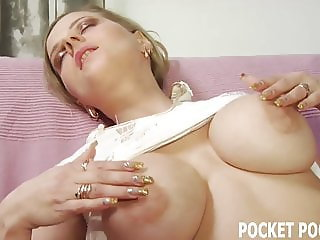 You need a blowjob from and experienced MILF like me